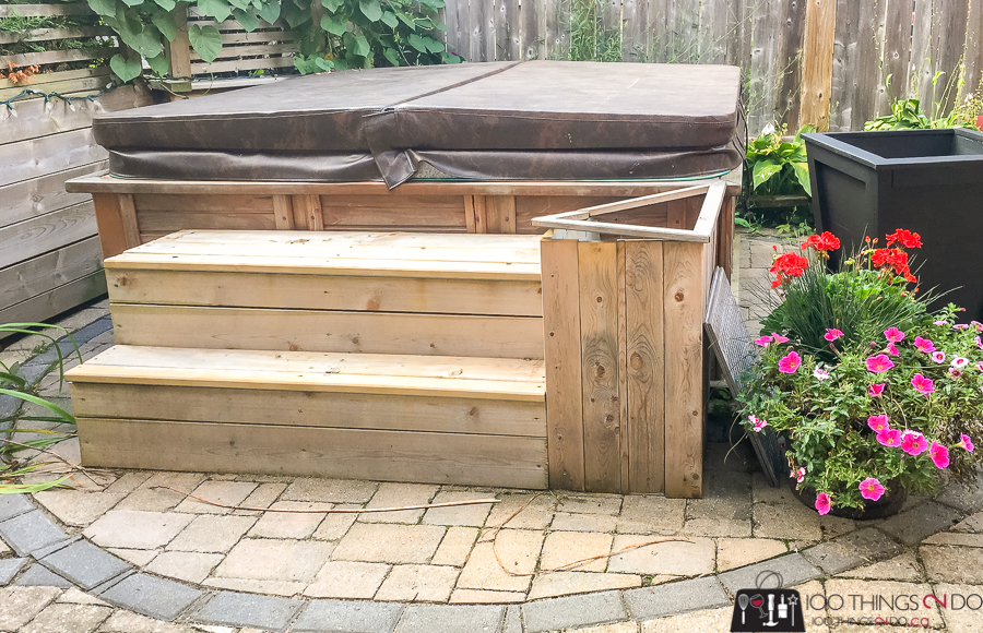 Hot tub steps with broken flower container