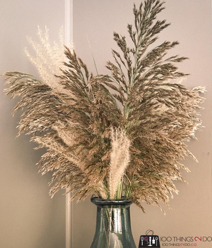 Free fall floral arrangement, autumn arrangement