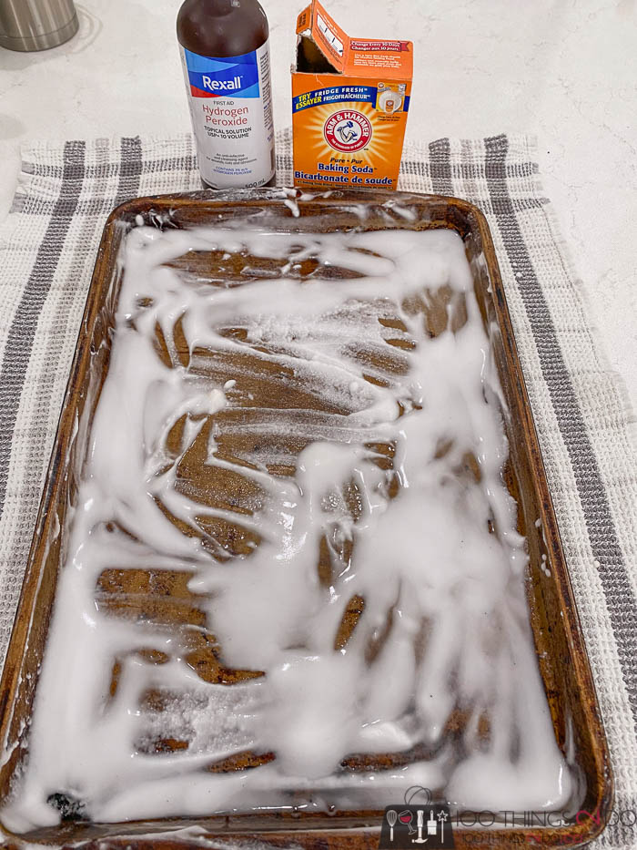 baking soda and peroxide to clean a cookie sheet