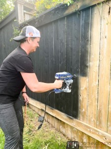 staining your fence black, black fence