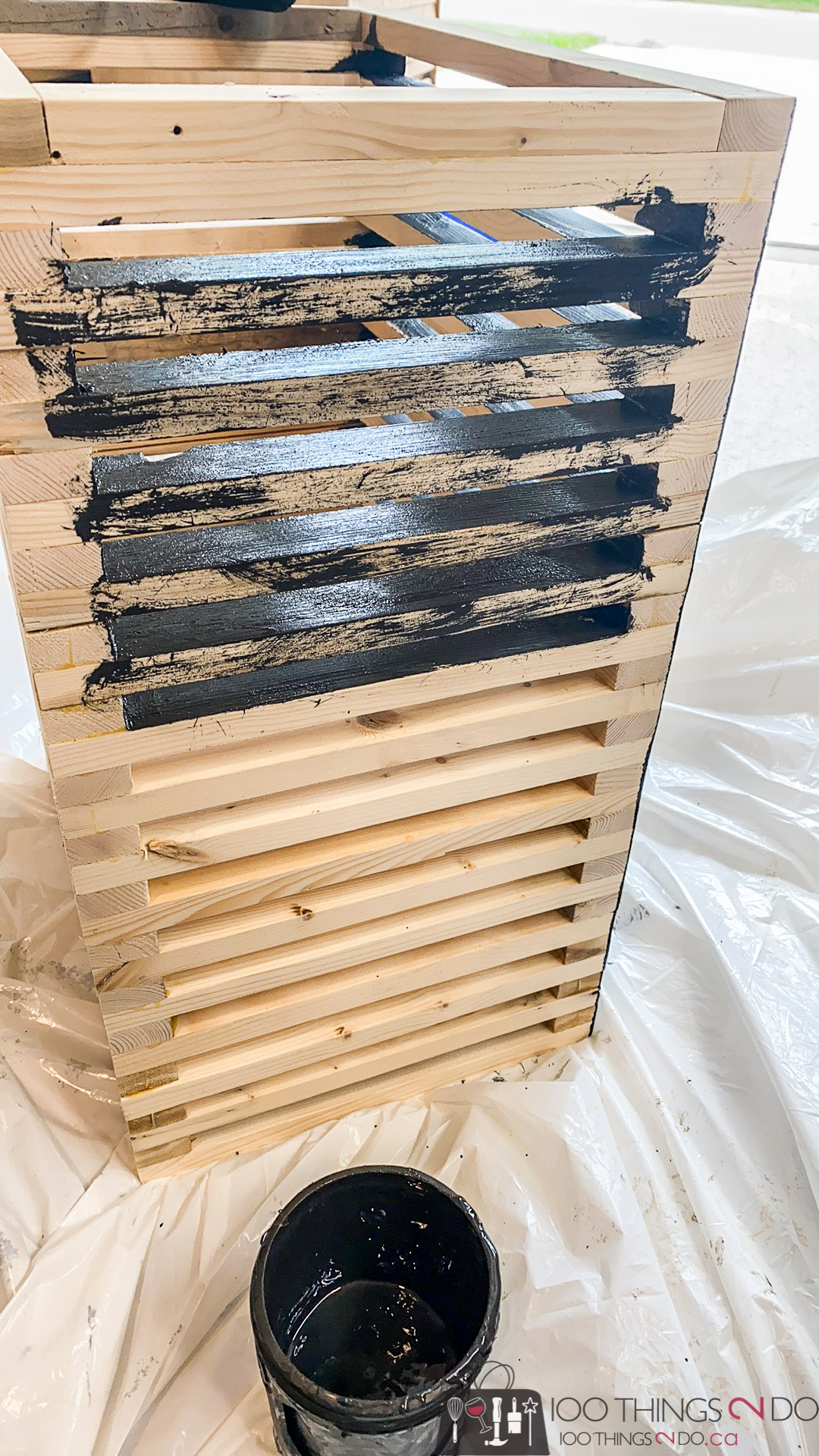 staining a patio side table