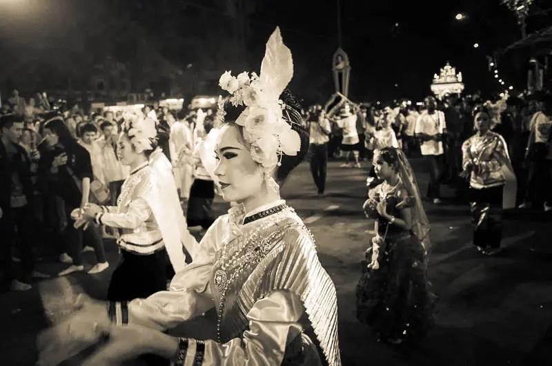 The dancers parade