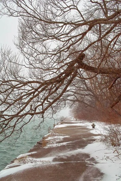 The old pier, Toronto Islands