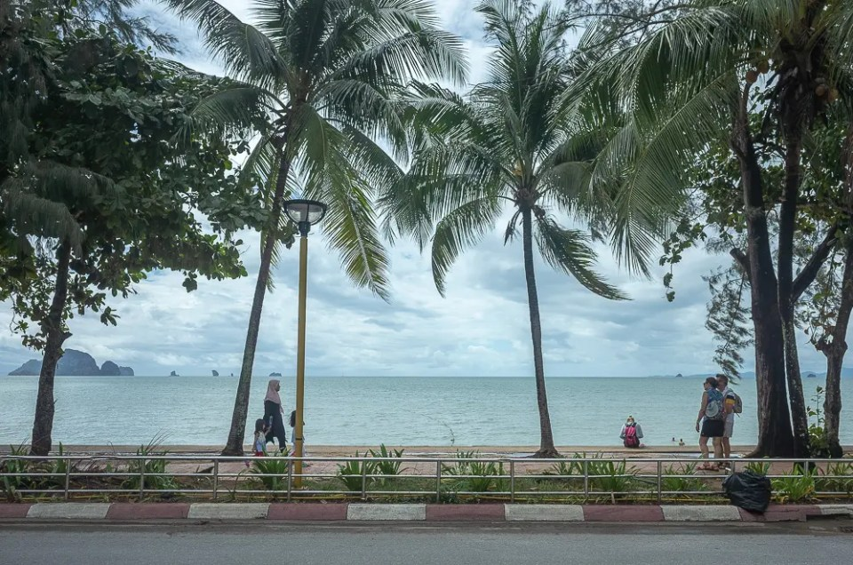 Ao Nang promenade
