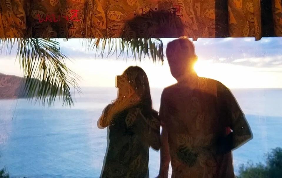 Ovi and Sasi selfie, Brisas Los Galeones