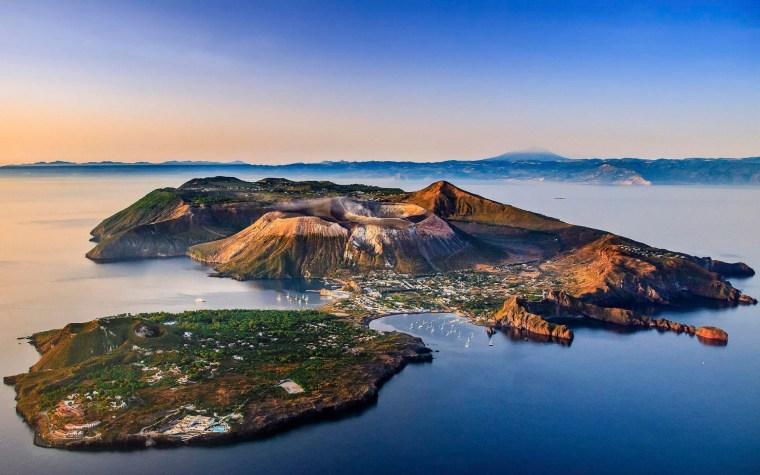 vulcano, aeolian island, bing