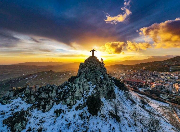 """Cesarò il """"Cristo sulla Montagna"""""""
