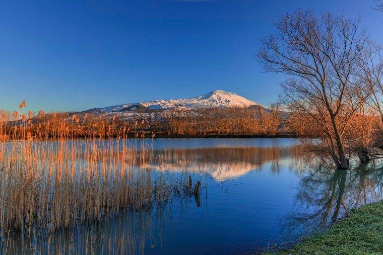 Diga naturale lungo il fiume Flascio