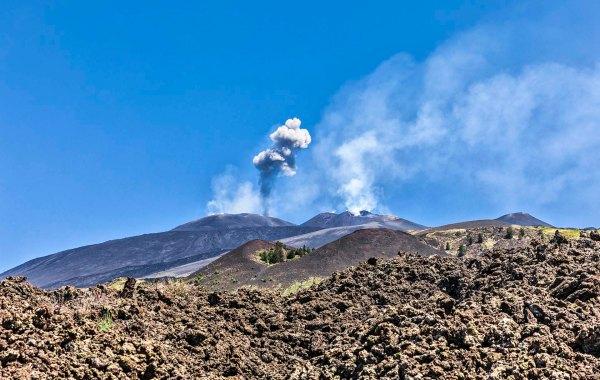 Cratere centrale in attività il 09-05-2020