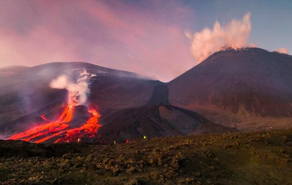 Etna, colata lavica