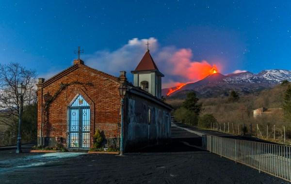 Etna, chiesetta Magazine
