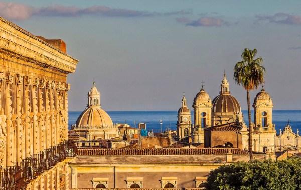 Le cupole di Catania viste dal Monastero dei Benedettini
