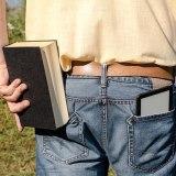 紙の本と電子書籍(Kindle)