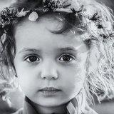 モノクロの少女