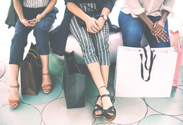 ショッピングをした女性たち