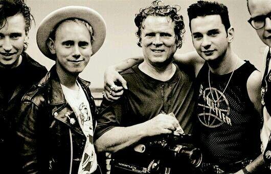 D.A. Pennebaker i depeche MODE w 1988 podczas kręcenia dokumentu 101.