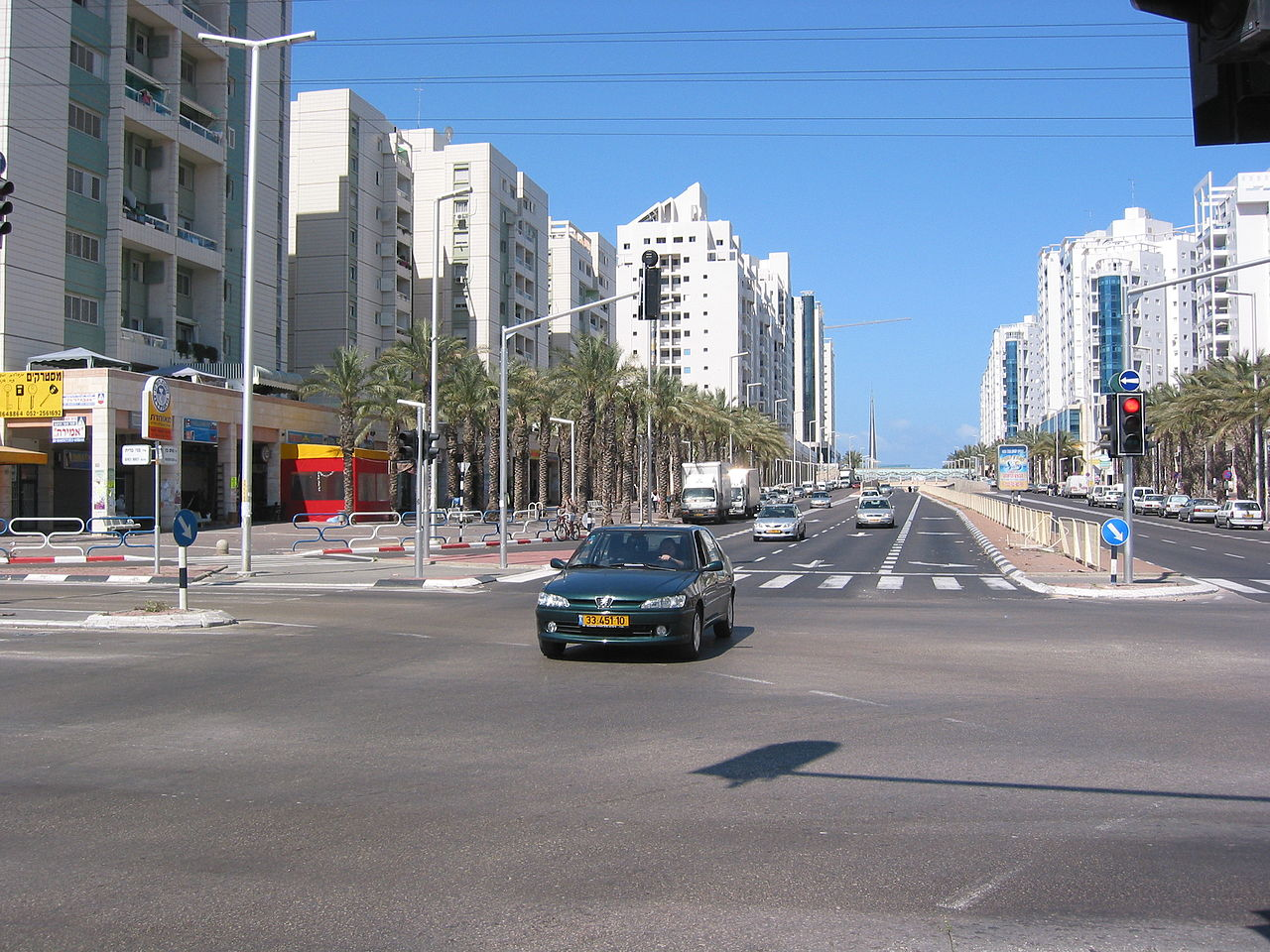 1280px-Ashdod_2005_Intersection_2