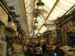 Busy_market_(4081145314)