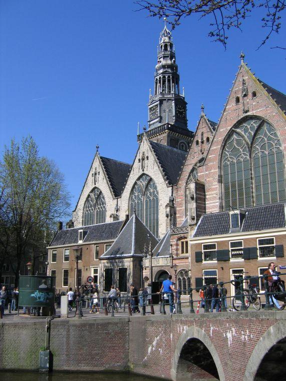 Amsterdam_oude_kerk2