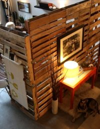 Patetioning Made So Easy of Pallet Room Divider | 101 Pallets