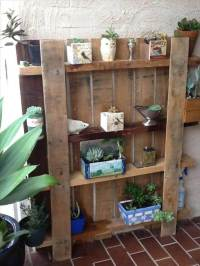 25 DIY Pallet Shelves for Storage Your Things | 101 Pallets
