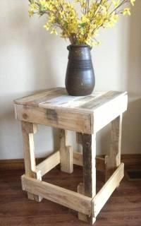 12 DIY Pallet Side Tables / End Tables   101 Pallets