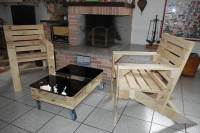 Pallet Arm chairs and Coffee Table | 101 Pallets
