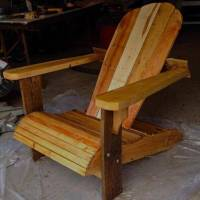 DIY Comfortable Pallet Adirondack Chair | 101 Pallets
