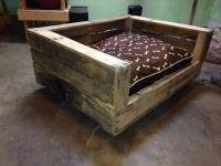 Build a Raised Pallet Dog Bed | 101 Pallets
