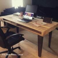 Wood Pallet Computer Desk / Dining Table   101 Pallets