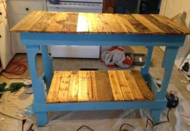 Pallet Kitchen Island Diy