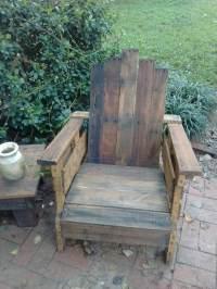 DIY Pallet Adirondack Chair Set | 101 Pallets