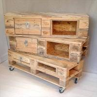 DIY Pallet Chest with Drawers