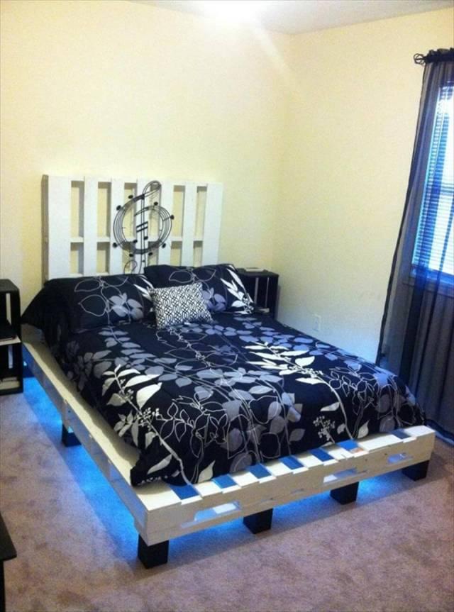 Effortless Pallet Bed Designs at no-cost Wooden Pallet Platform Bed ...
