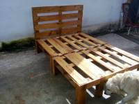 DIY Wooden Pallet Bed Design