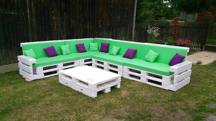 Beautiful Pallet Corner Sofa