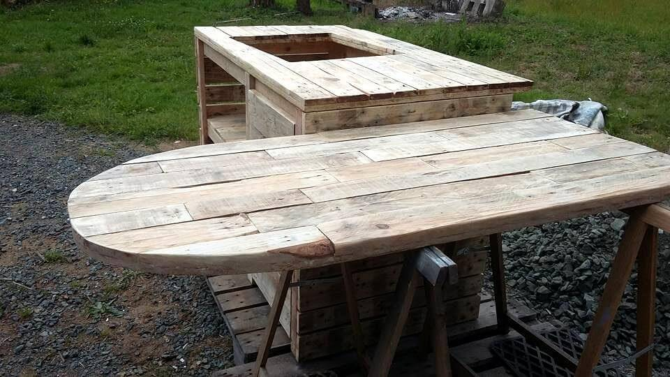 Pallet Kitchen Island and Breakfast Table
