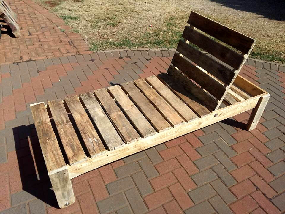 unfinished adirondack chair desk combo wooden pallet lounger | 101 pallets