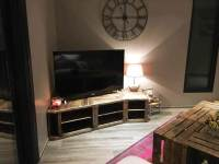 Rustic Pallet Corner TV Console and Coffee Table | 101 Pallets