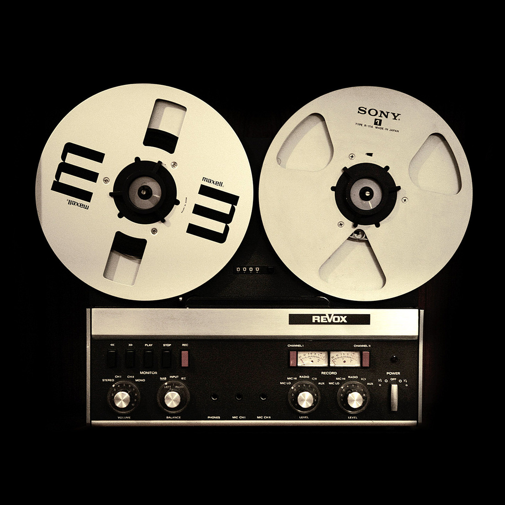 Cute Initial Wallpaper Miscellaneous Revox Tape Recorder Ipad Iphone Hd