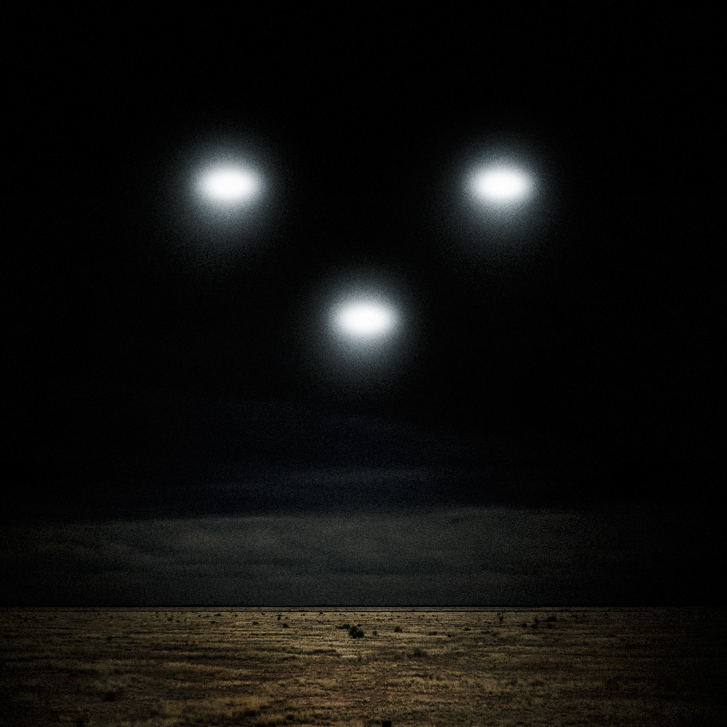 Cute Initial Wallpaper Miscellaneous Ufo Lights In The Sky Ipad Iphone Hd