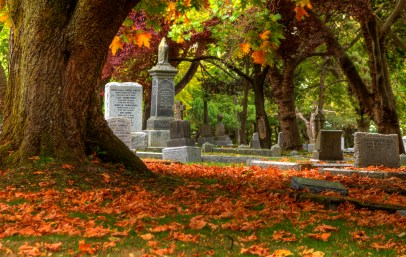 Ross_Bay_Cemetery_Fall_colors_(1) (1)