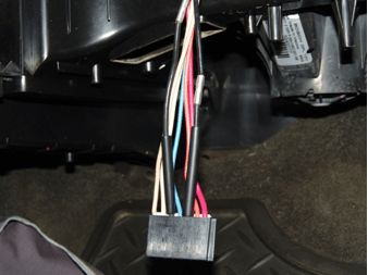 Resistor on 2004 Silverado Blower Motor Resistor