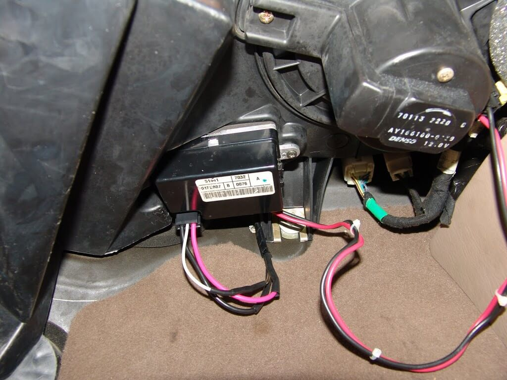old fuse box 220v wiring 3 wires blown old fuse box sparky s answers 2001 jeep grand cherokee no blower