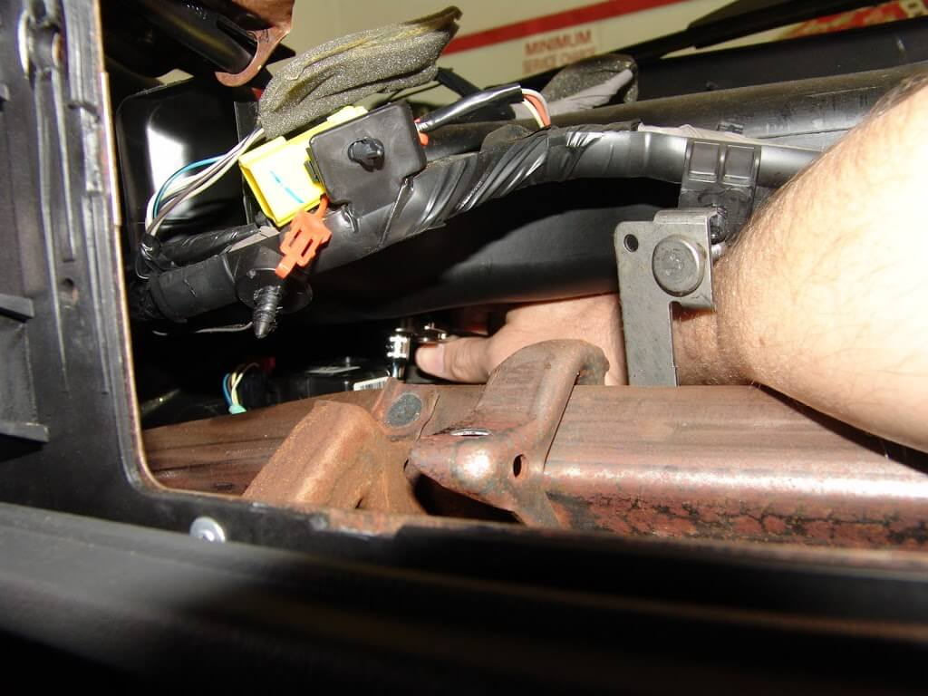 sparky s answers 2004 chevrolet silverado changing the 1998 chevy silverado wiring harness