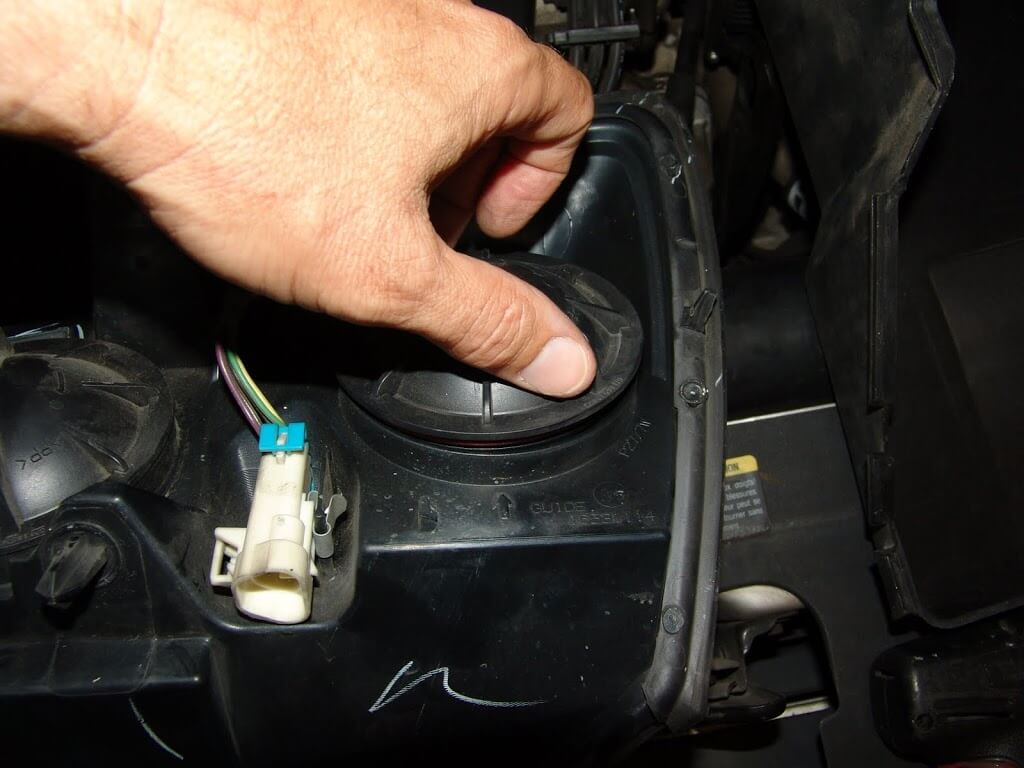 Sparkys Answers 2005 Chevrolet Malibu Front Turn Signal Socket Chevy Headlight Wire Harness Now We Are Down To The Park Light Assembly Note That Wires Inside Housing Is Installed At Factory