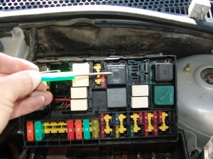 sparky s answers 2003 ford focus runs hot cooling fans inop part 2 rh sparkys answers com 2 Speed Fan Wiring Diagram Furnace Fan Wiring Diagram