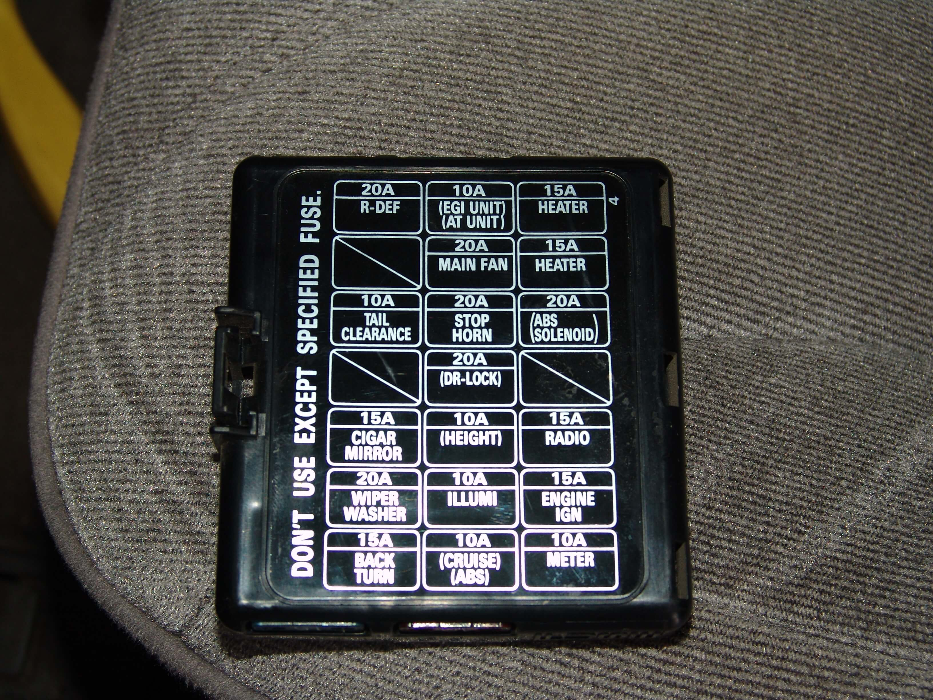 DSC01268 sparky's answers 1990 subaru legacy l, battery goes dead 1990 Nissan Pickup Fuse Box at crackthecode.co