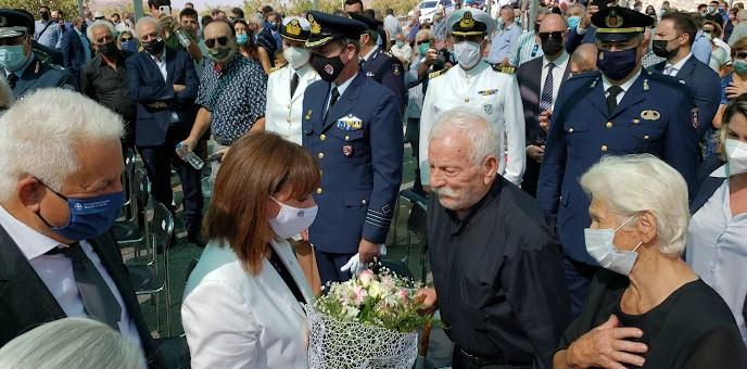Κορυφώθηκαν οι εκδηλώσεις τιμής και μνήμης για το Ολοκαύτωμα της Βιάννου παρουσία της Προέδρου της Δημοκρατίας