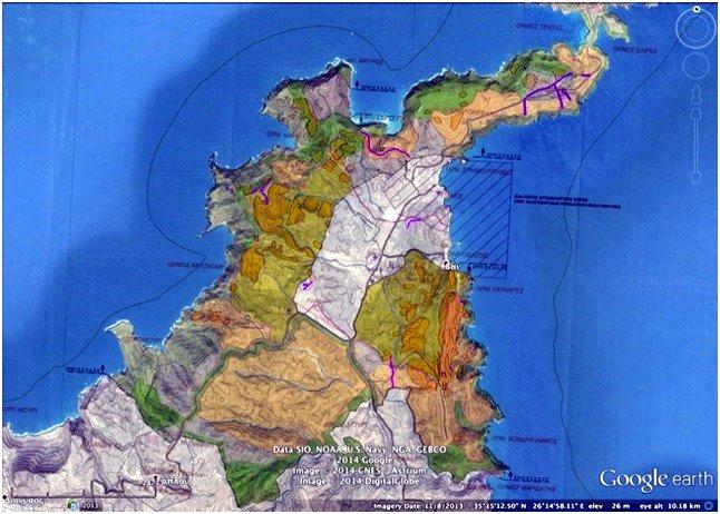 Χάρτης που αναπαριστά την έκταση που καταλαμβάνουν οι αρχαίοι αναβαθμοί καλλιέργειας (πεζούλες), οι ξερολιθιές που περικλείουν χωράφια (πορτοκαλί πολύγωνα), οι μάνδρες (μωβ γραμμες), και οι δρόμοι (ροζ), τα οποία σώζονται μέσα στα όρια της περιοχής όπου προβλέπεται να γίνει η επένδυση πάνω σε χάρτη της ΣΜΠΕ της Ιτανος Γαία. Περιέχεται στις παρατηρήσεις που υπέβαλλαν στο ΥΠΟΤ οι J. Moody & O. Rackham τον Ιούνιο του 2014